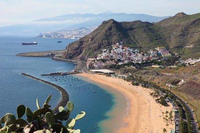 best winter cruises, canary islands scenery