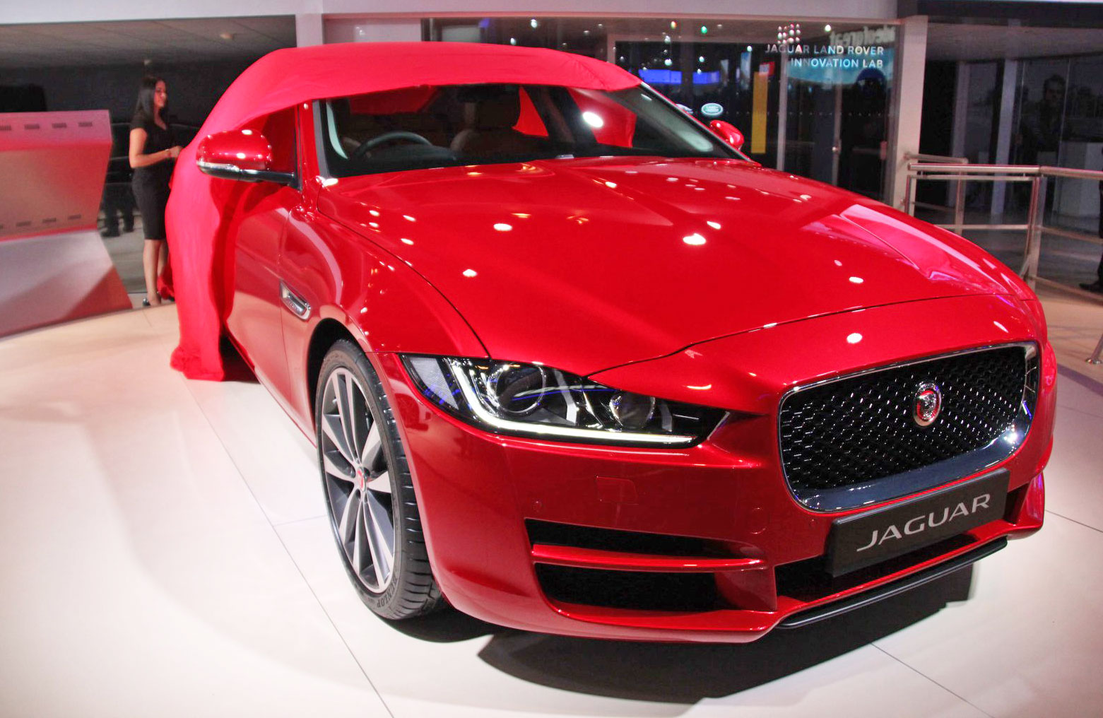 Jaguar follows Chevy with unlimited LTE for your car