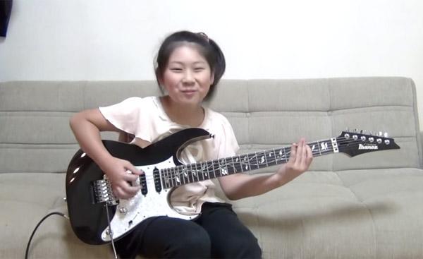 10才の日本人少女がドリーム・シアターを完コピ!「世界中のアマチュアギタリストが絶望するレベル」と話題に【動画】