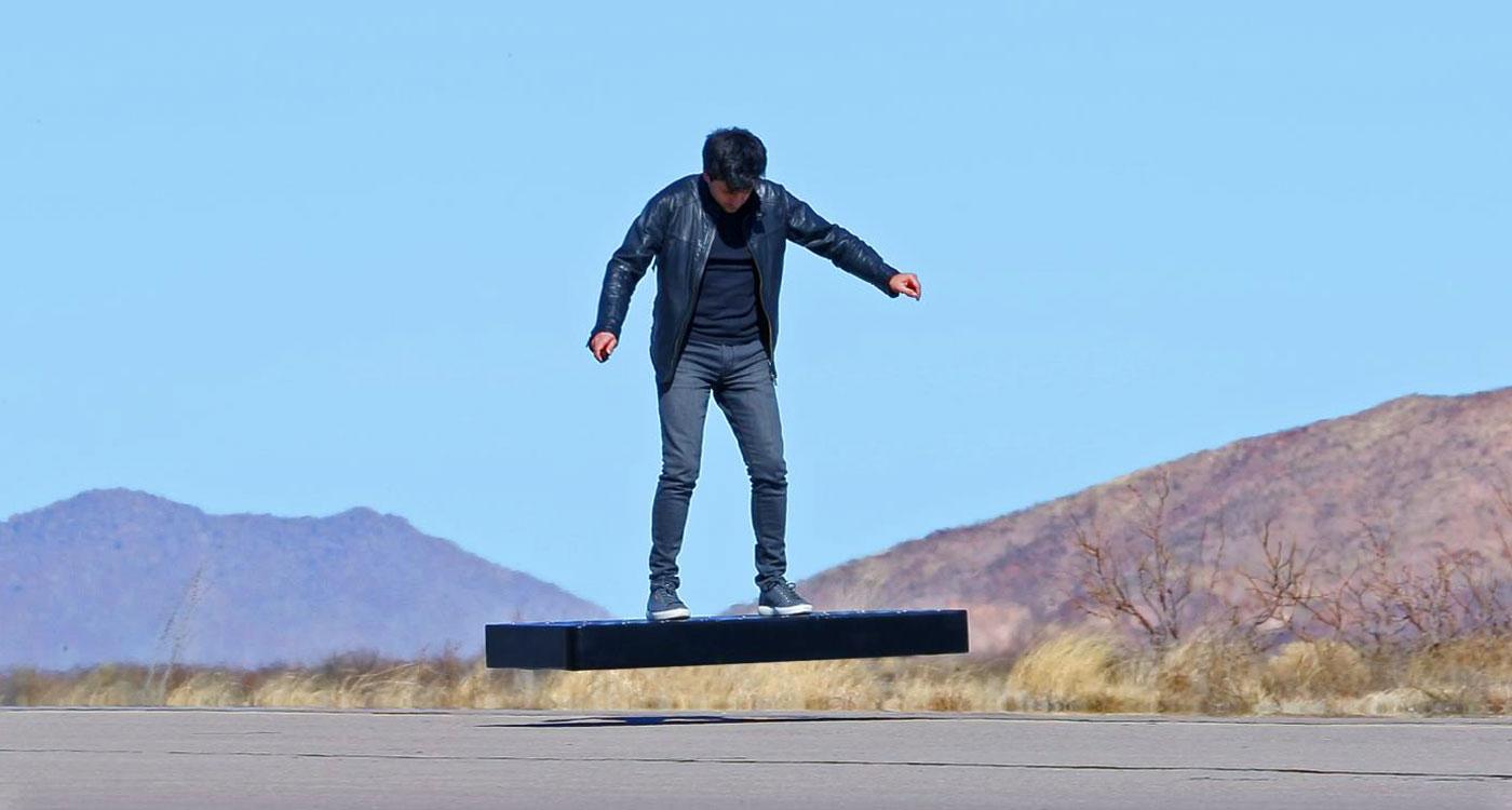 Este Hoverboard de 15.000 dólares flota en el aire durante 6 minutos
