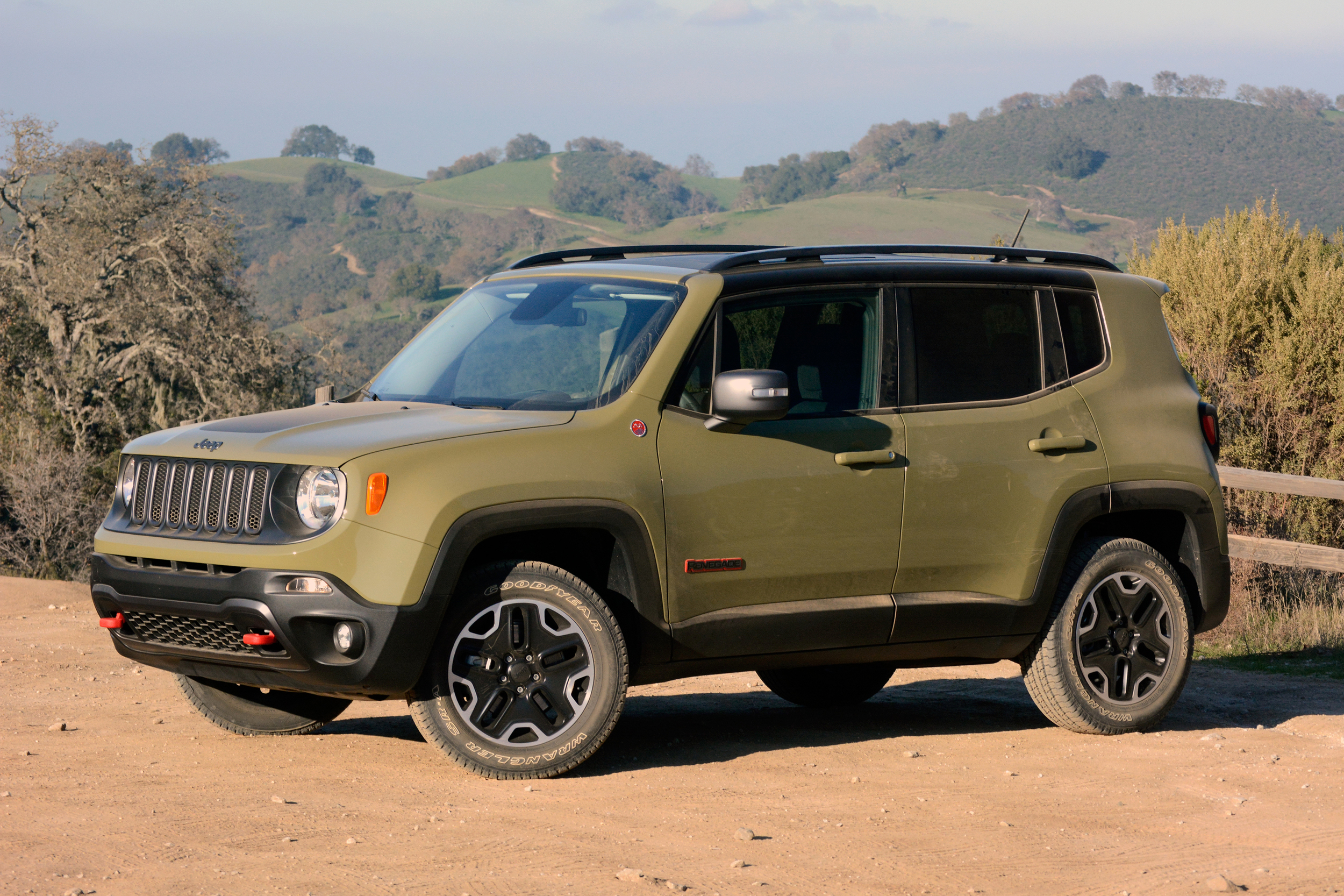 2015 jeep renegade trailhawk w video. Black Bedroom Furniture Sets. Home Design Ideas