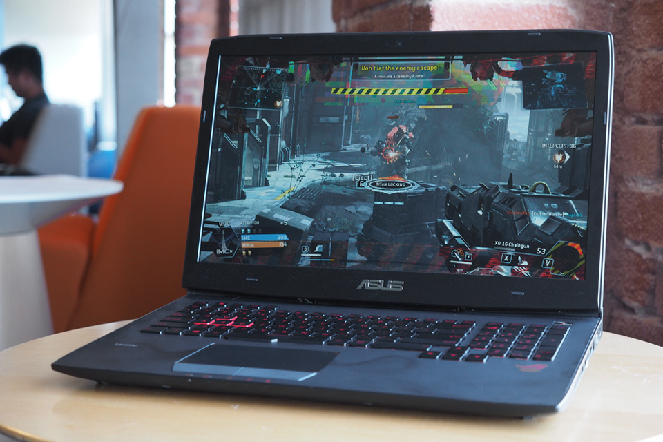 asus 39 rog g751 review a properly oversized gaming laptop. Black Bedroom Furniture Sets. Home Design Ideas