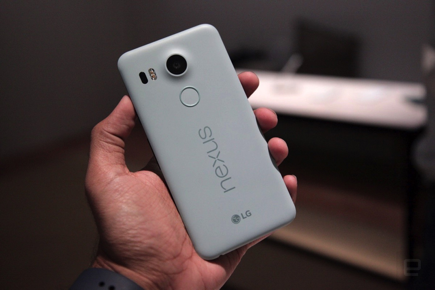 Google drops the Nexus 5X price again, to $299