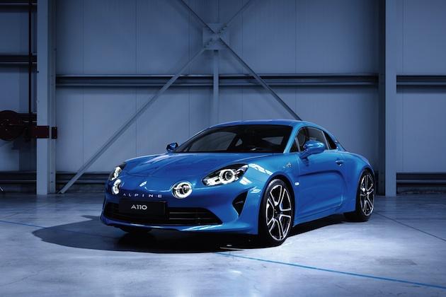 アルピーヌ、新型スポーツカーの量産モデルと車名をついに公開!