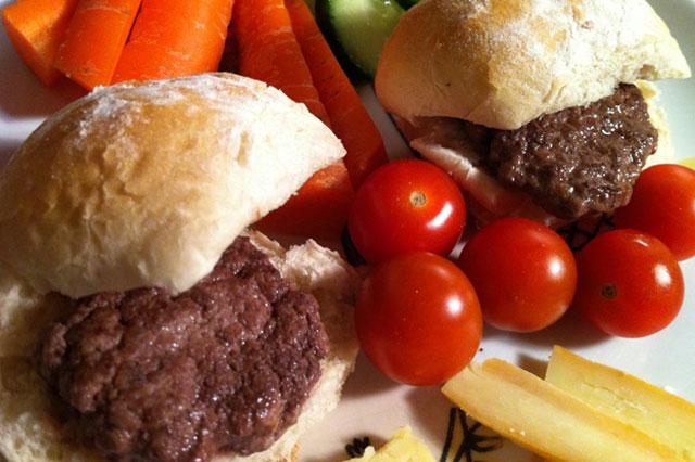 Homemade mini-burgers recipe