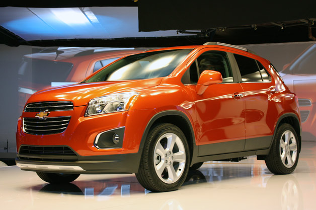 2015 chevrolet trax is the encore 39 s encore w video. Black Bedroom Furniture Sets. Home Design Ideas