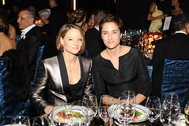 jodie foster marries girlfriend