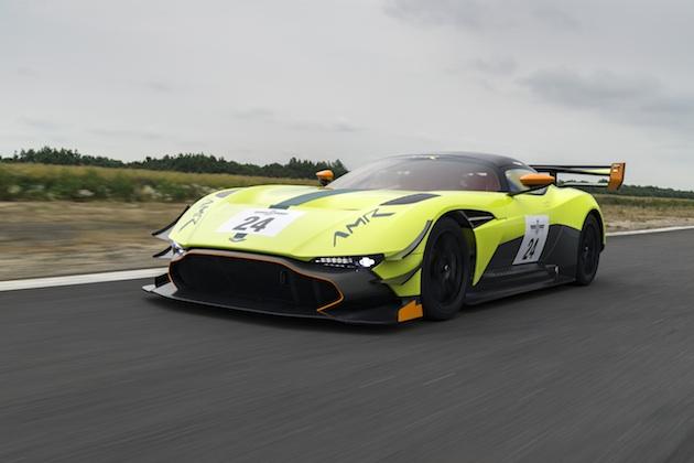 アストンマーティン、限定生産スーパーカーの空力性能をさらに高めた「ヴァルカン AMR プロ」を発表!