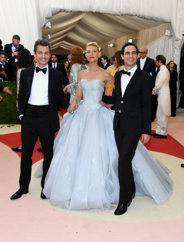 "NEW YORK, NY - MAY 02:  (L-R) Hugh Dancy, Claire Danes, and Zac Posen attend the ""Manus x Machina: Fashion In An Age Of Technology"" Costume Institute Gala at Metropolitan Museum of Art on May 2, 2016 in New York City.  (Photo by Larry Busacca/Getty Images)"