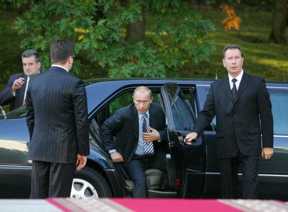 【レポート】ポルシェがプーチン大統領の新型リムジンにV12エンジンを提供?