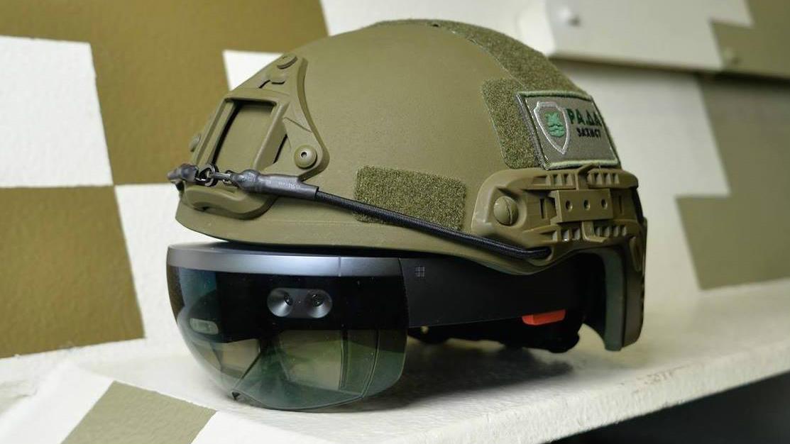 El ejército ucraniano quiere ese casco virtual con HoloLens