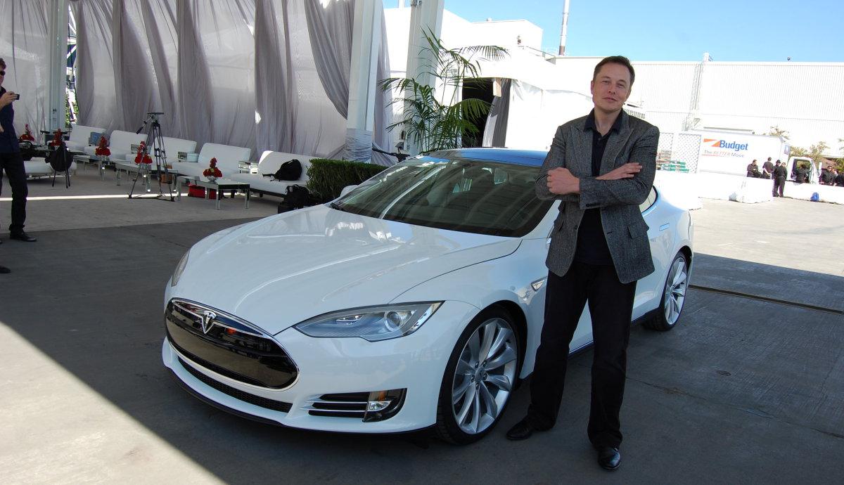 Elon Musk responds to Consumer Reports' Tesla Model S downgrade