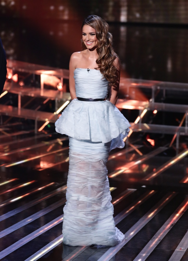Cheryl Fernandez-Versini tripped up on X Factor results show