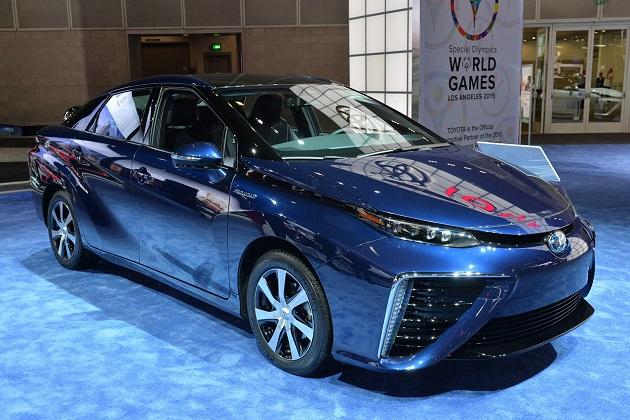 トヨタの燃料電池車「ミライ」、米EPAによる推定燃費は約28.5km/L、航続距離は約500km