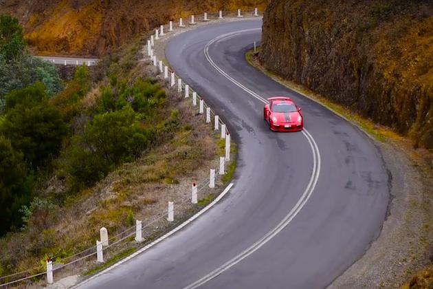 【ビデオ】タスマニア島の美しい景色の中で、素晴らしい音を響かせるポルシェ「911 GT3」!