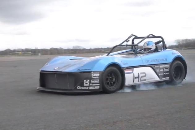 【ビデオ】オランダの大学生が水素燃料電池を搭載するレーシングカー「Forze VI」を製作