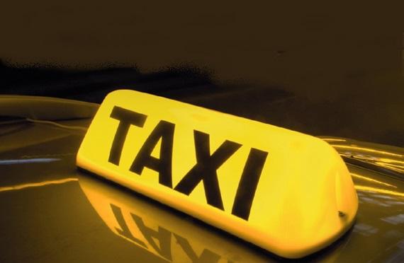 Taxi, Taxi Test, betrug, abzocke, ADAC Taxi Test,  Taxi Fahrer, ortskundig, ehrlich, umweg, unehrlich, kriminell,