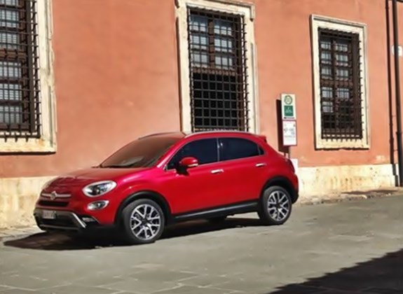 500 X, 500X, breaking, crossover, Fiat 500X, Fiat500x, fotos, Jeep, Jeep Renegade, Kompakt SUV, Mini-SUV, Paris Auto Salon, Pariser Auto salon, Patentschutz, Patriot, spy shot, Teaser Video