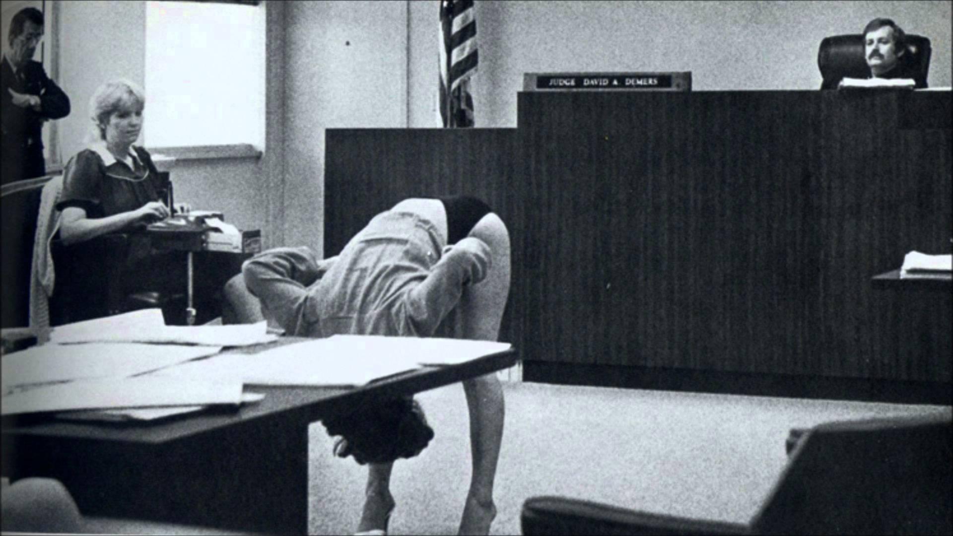 Следственный эксперимент на суде порно 26 фотография