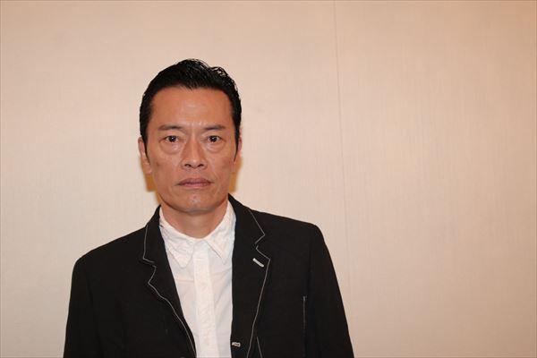 遠藤憲一「実はナレーション苦手です(笑)」東芝EXCERIAが「旅好き」に贈るWEBドラマ