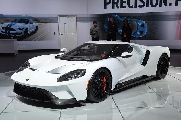 【北米国際自動車ショー2016】ホワイト・カラーの新型「フォードGT」が登場!