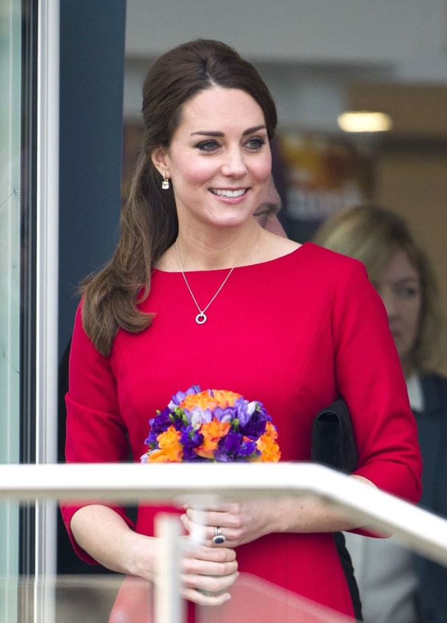 Kate Middleton having a girl? Pippa 'throws her pink-themed baby shower'