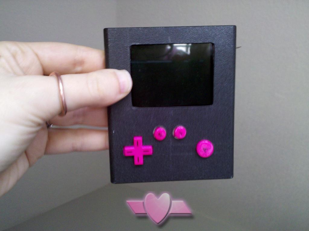 Pocket-Atari für die Hosentasche im Eigenbau