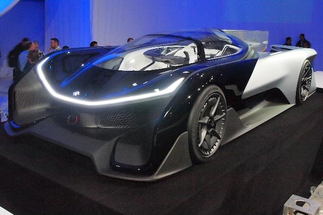 1,000馬力のコンセプトEV「FFZERO1」がCESに登場!(ビデオ付)