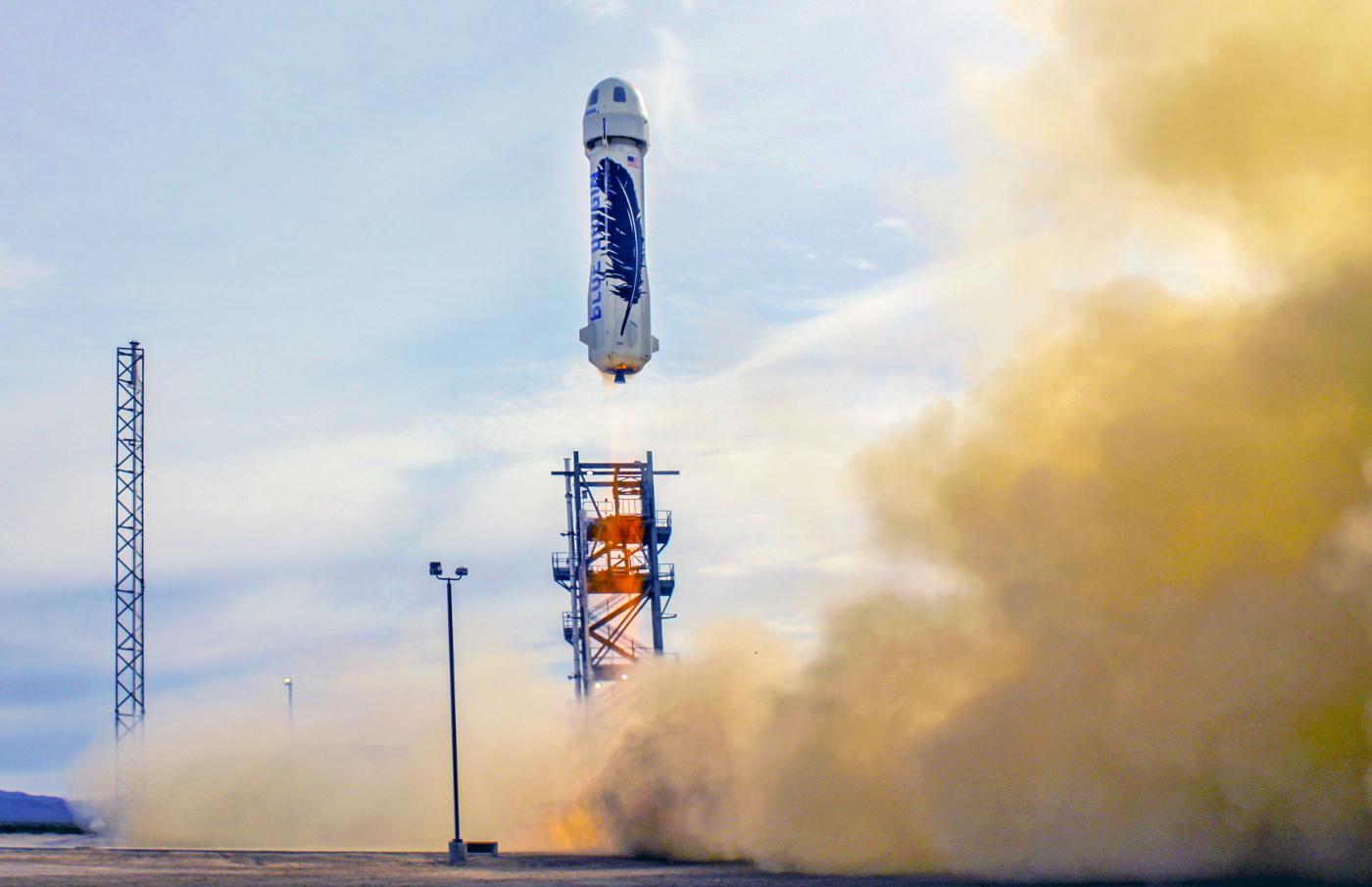Blue Origin vuelve a presumir de aterrizaje exitoso con su cohete