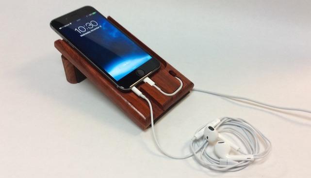 FuseChicken LEDGE iPhone charging dock