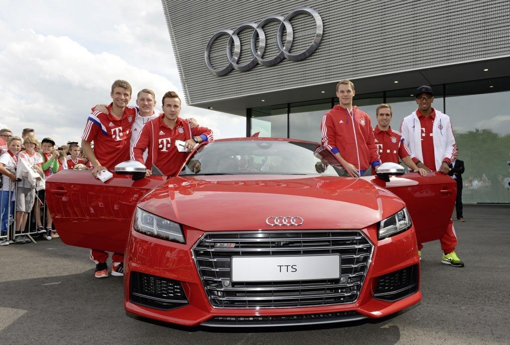 FC Bayern München, Fußball, Mario Götze, Thomas Müller, Audi, Audi RS7, Audi RS6, sponsor, Celebritiy, dienstwagen