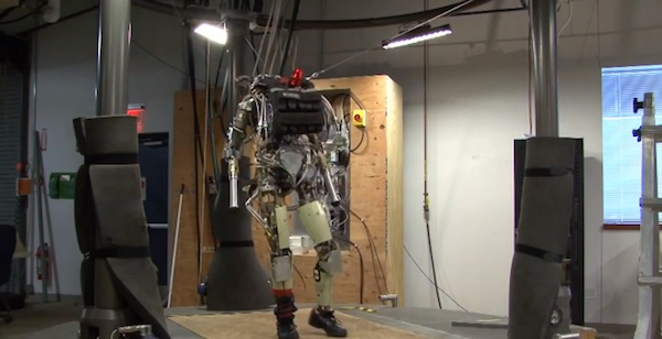 googleが買収した企業が作った人型ロボットが完全にターミネーター!怖すぎると話題に【動画】