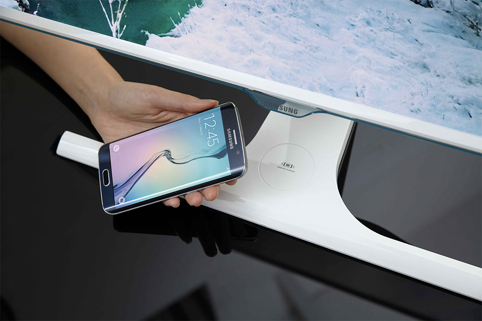 Samsung's latest monitors wirelessly charge your phone