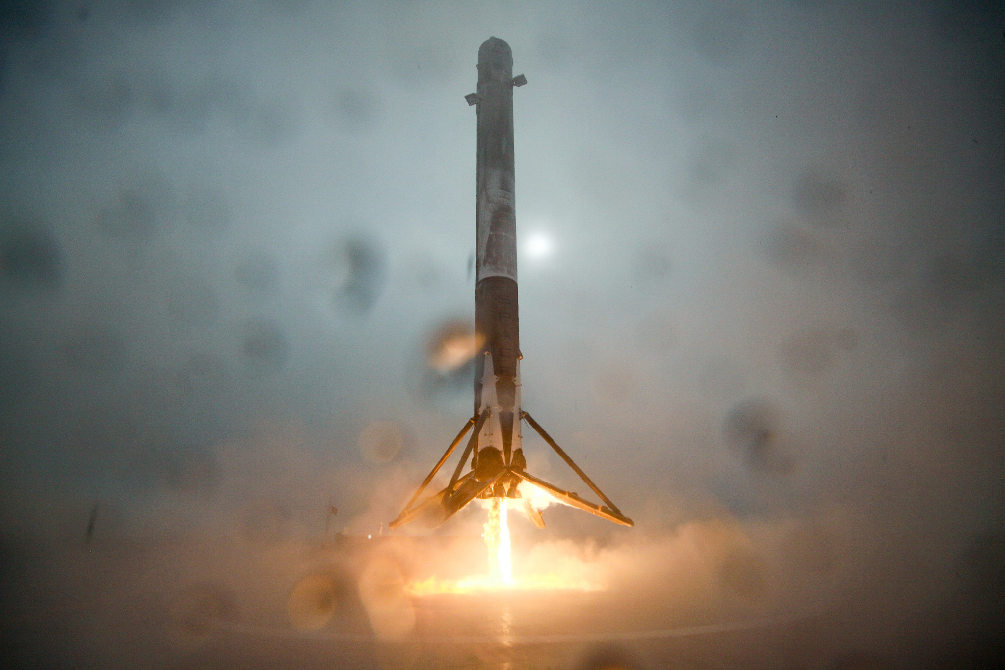 SpaceX will try another sea landing tonight