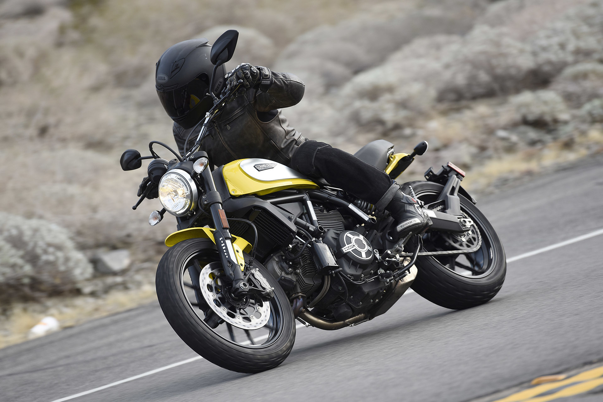 Posted by: Autoblog Canada on January 21st, 2015: www.beyond.ca/2015-ducati-scrambler/51573.html