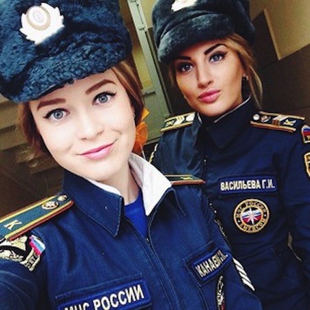 weird russia, strange russia, different in russia, sexy russian officers