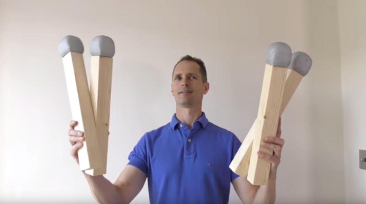 Selfmade-Megastreichholz: Knüppeldick und 4.000 Grad heiß