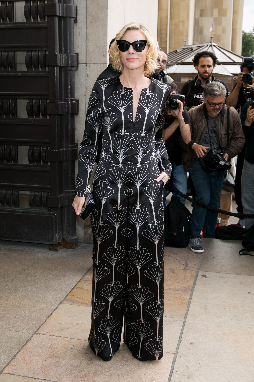 Giorgio Armani Prive : Outside Arrivals - Paris Fashion Week - Haute Couture Fall/Winter 2016-2017