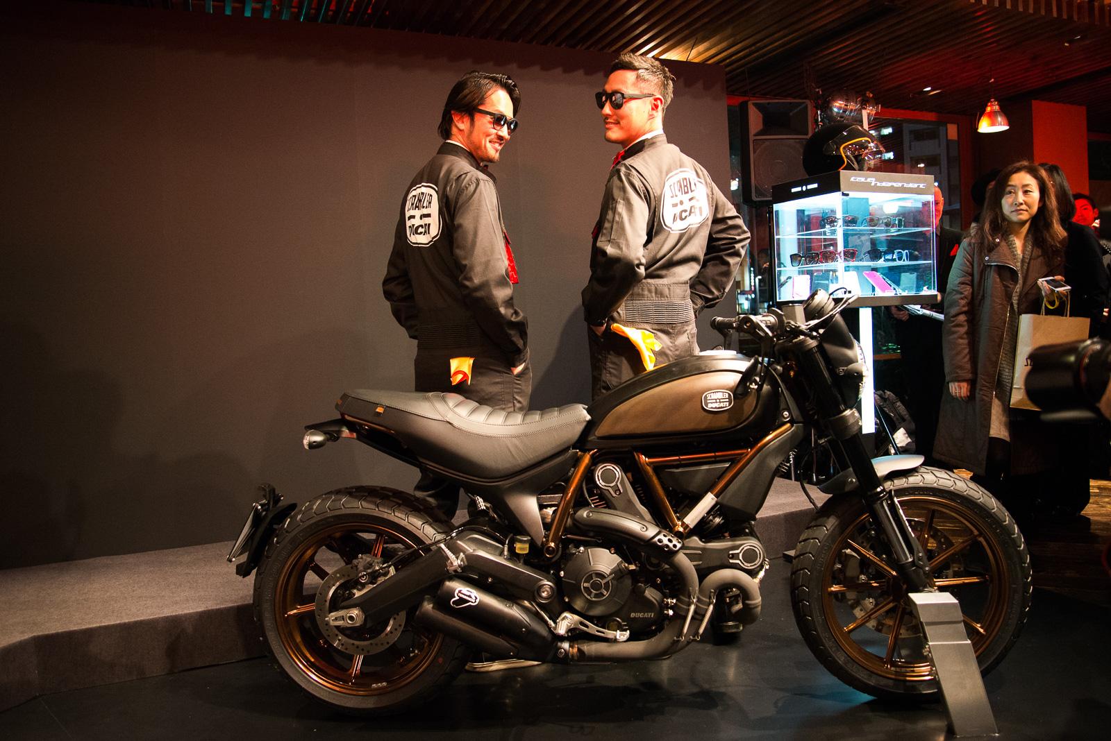 Ducati Scrambler TANDEM with Italia Independent