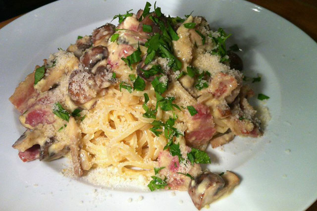 Mary Berry's Perfect Spaghetti Carbonara