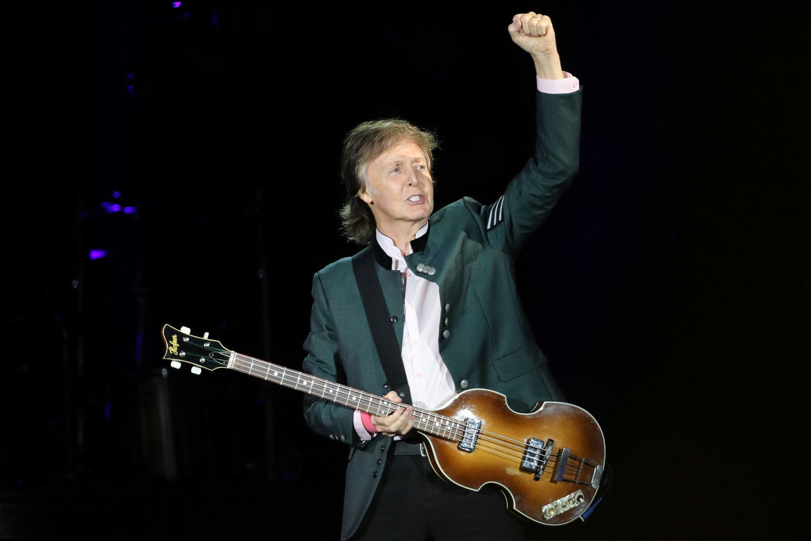 """British musician Paul McCartney performs during the """"One on One"""" tour concert in Porto Alegre, Brazil October 13, 2017. REUTERS/Diego Vara"""