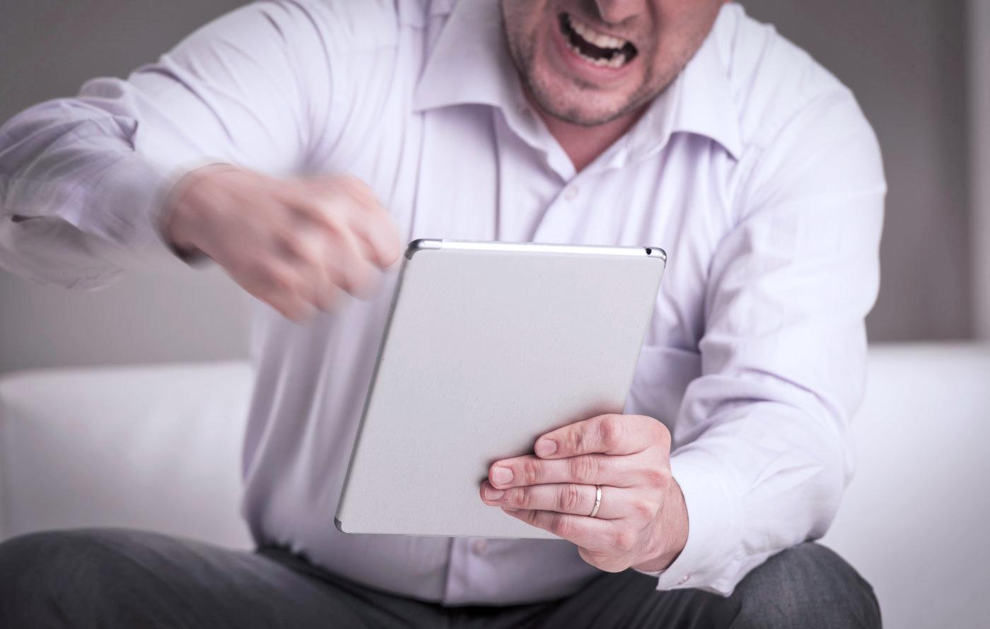 ¿Problemas con tu iPhone o iPad? iOS 9.3 tiene la culpa