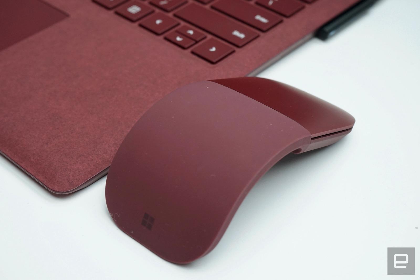 El Surface Laptop no viene solo: así es el Surface Arc Mouse