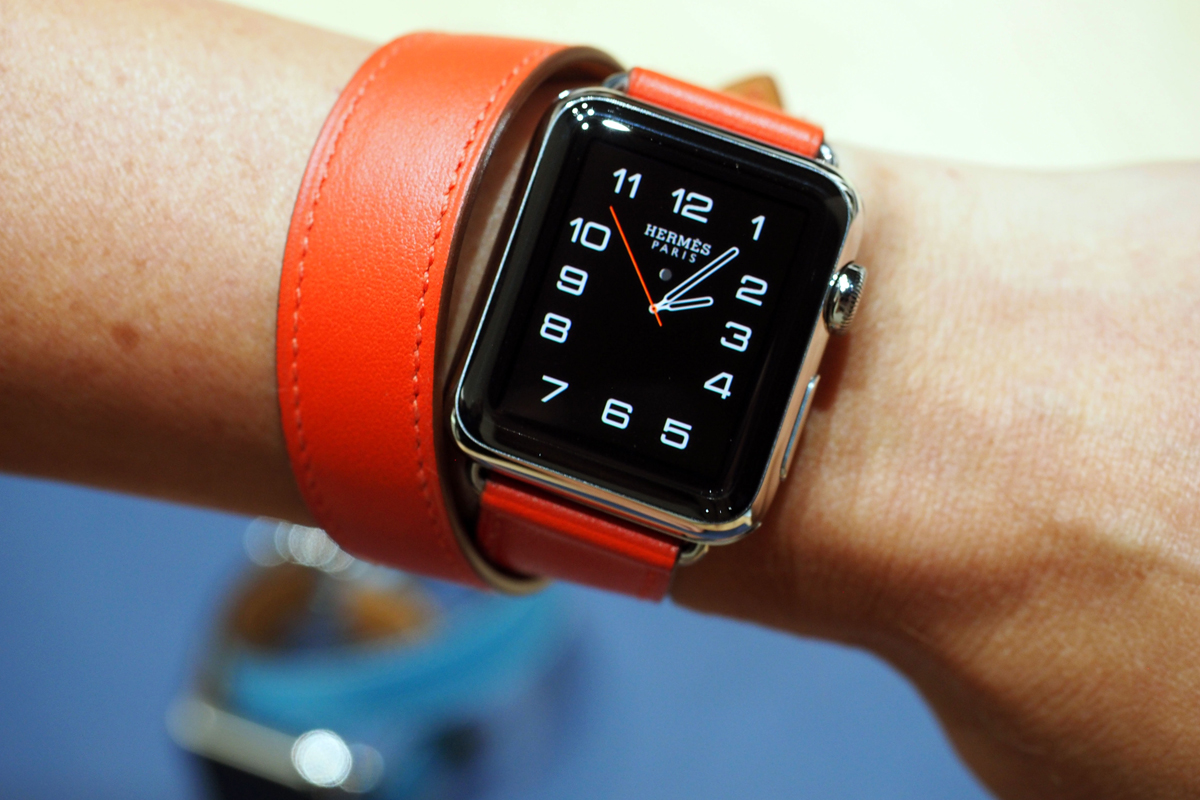 A closer look at that fancy new Hermes Apple Watch band