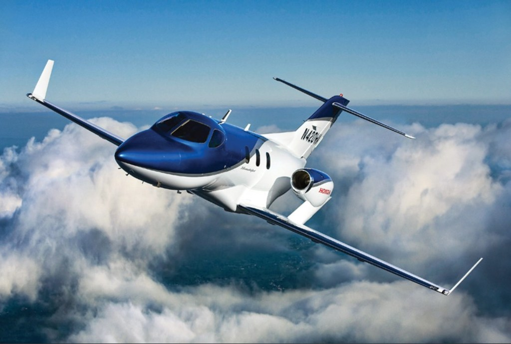 HondaJet, Honda  Aircraft Company,  Honda HA-420 HondaJet,  Honda HA-420,  Light Business Jet, EAA Air Venture, Premiere, Jungerfenflug, Serienmodell, Düsenjet, Honda,