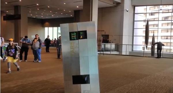 C・ノーランもビックリ!SF映画『インターステラー』人工知能ロボTARSを手作りした男性が話題に