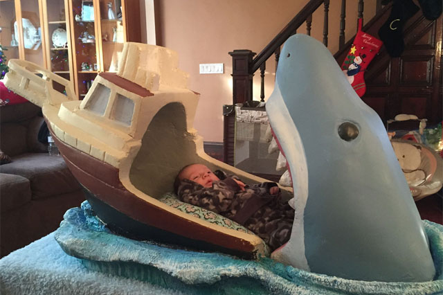 jaws baby bed