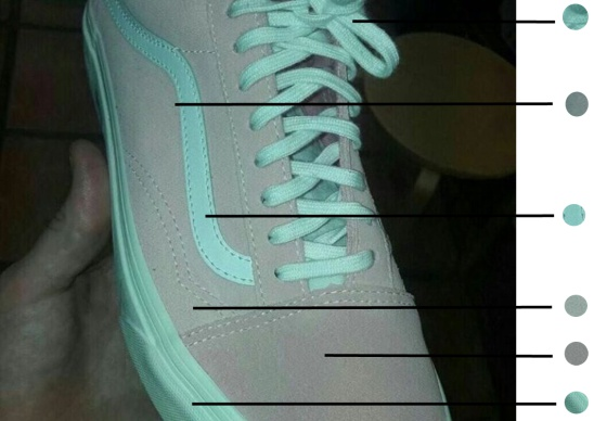 zapatilla azul gris