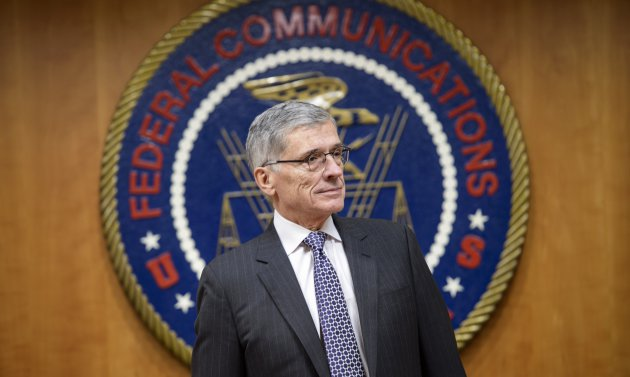FCC votes to redefine how fast broadband really is