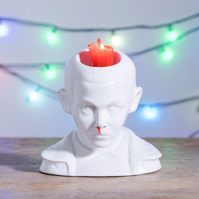 Stranger Things: Eleven-Kerzenständer mit Nasenbluten-Feature